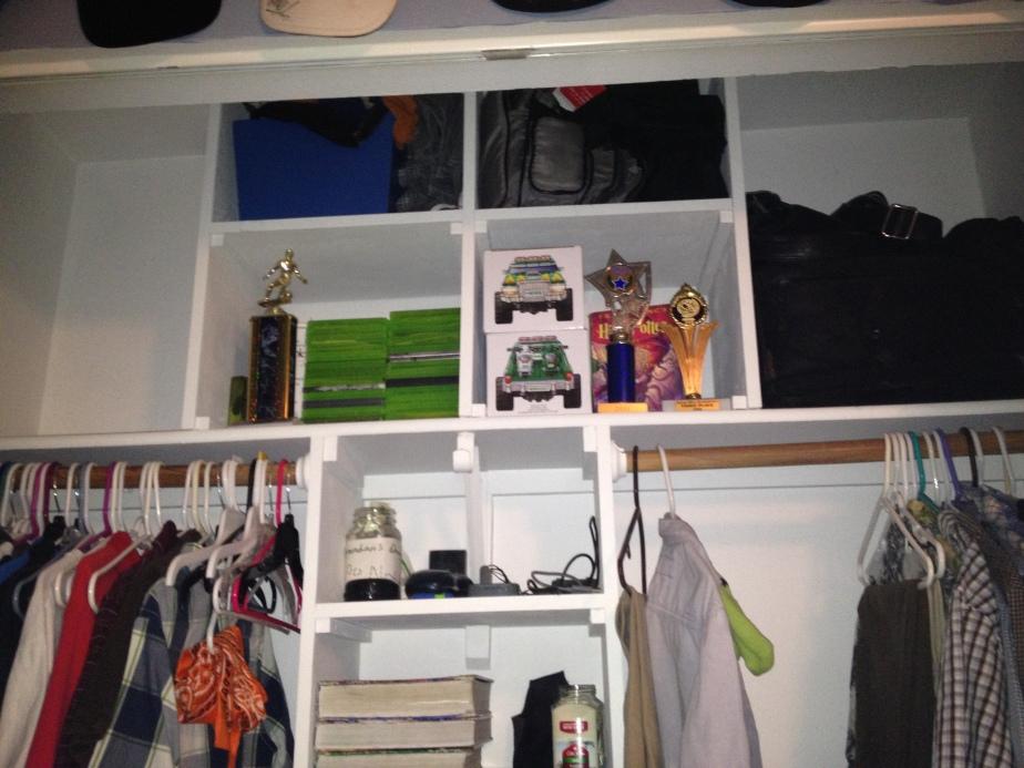 A useful shelf space now!